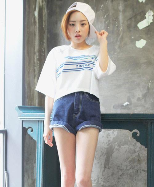 áo crop-top kết hợp với quần cạp cao cực chất