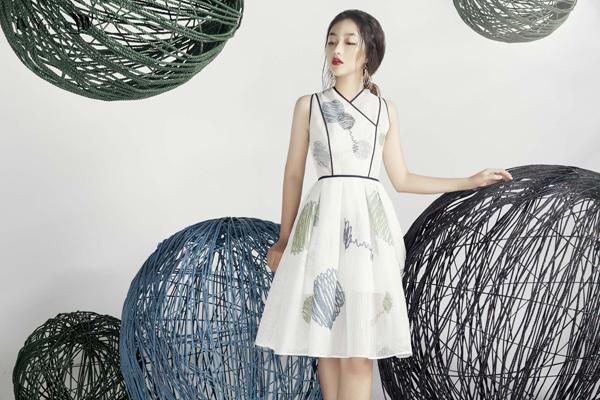 Họa tiết đặc sắc ,cuốn hút trong bộ sưu tập mới của IVY moda