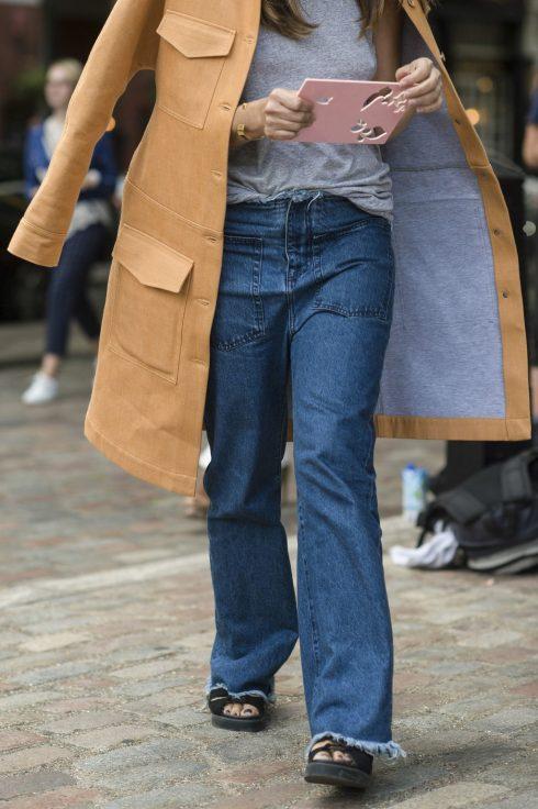 những điều nên và không nên khi mặc quần ống loe