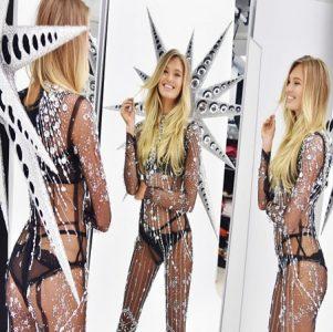 Thiết kế nội y Swarovski của Victoria's Secret 2018 gồm 125.000 viên pha lê