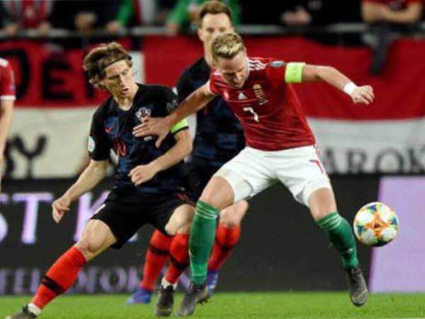 Croatia để thua ngược khi gặp Hungary tại vòng loại Euro 2020