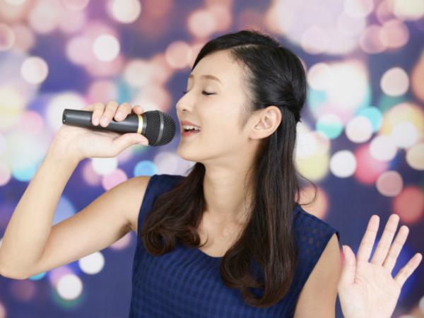 Nằm mơ thấy ca hát có điềm báo gì trong cuộc sống